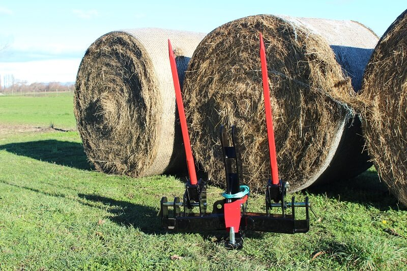 Rata Industries Tow Hitch Combo in front of hay bales