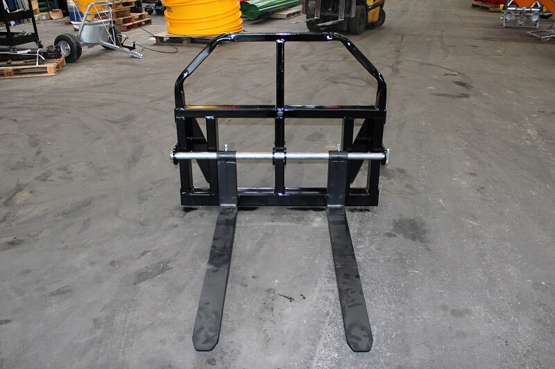 Combo fork in Pallet handling configuration