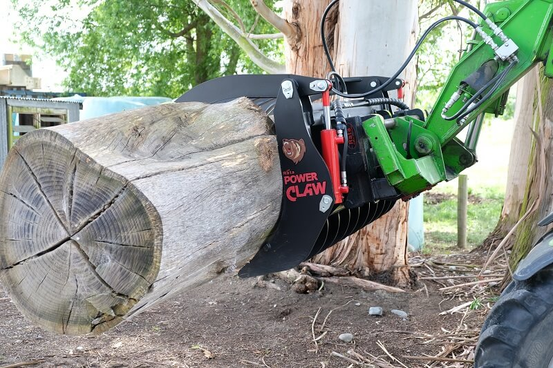 Power Claw handling large diameter log