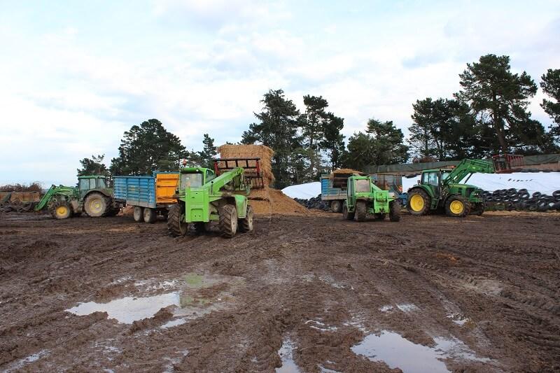Rata Silage Grabs on John Deere front end loaders & Merlo Telehandlers