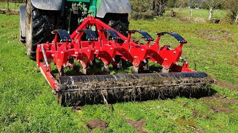 Rata Auto Reset Subsoiler aerating harsh ground
