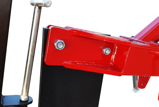 Ripper leg mounting on Rata Single Leg Ripper