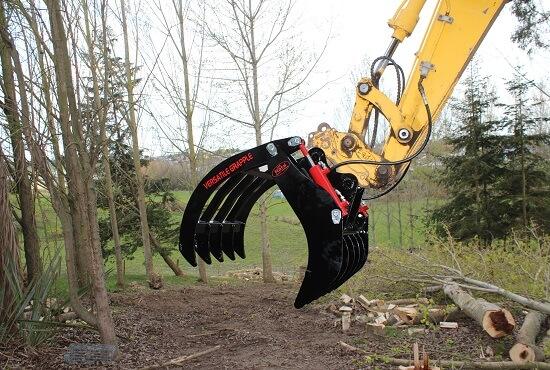 Excavator model Versatile Grapple