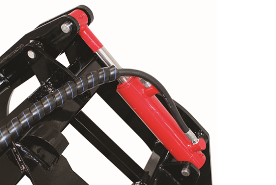 Versatile Grapple ram and hoses