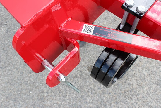 3 point linkage mount on Rata 904 Grubber cultivator