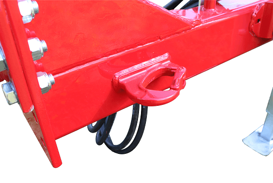 Safety chain mount on Rata Grubber