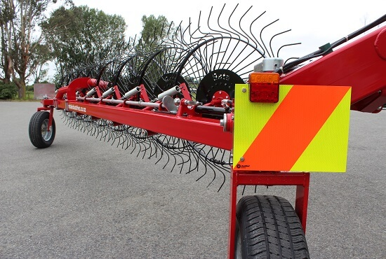 Road transport kit for Rata CR V-Rakes